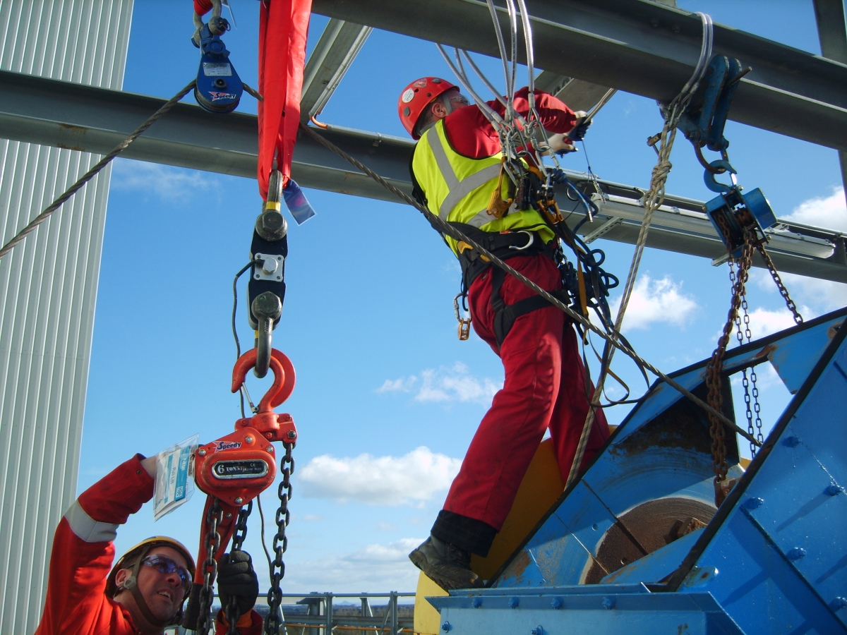 What are the Different Levels of Rope Access Technicians?